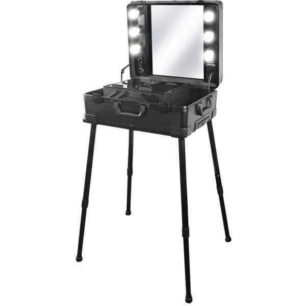 Kuferek kosmetyczny - stanowisko do makeup